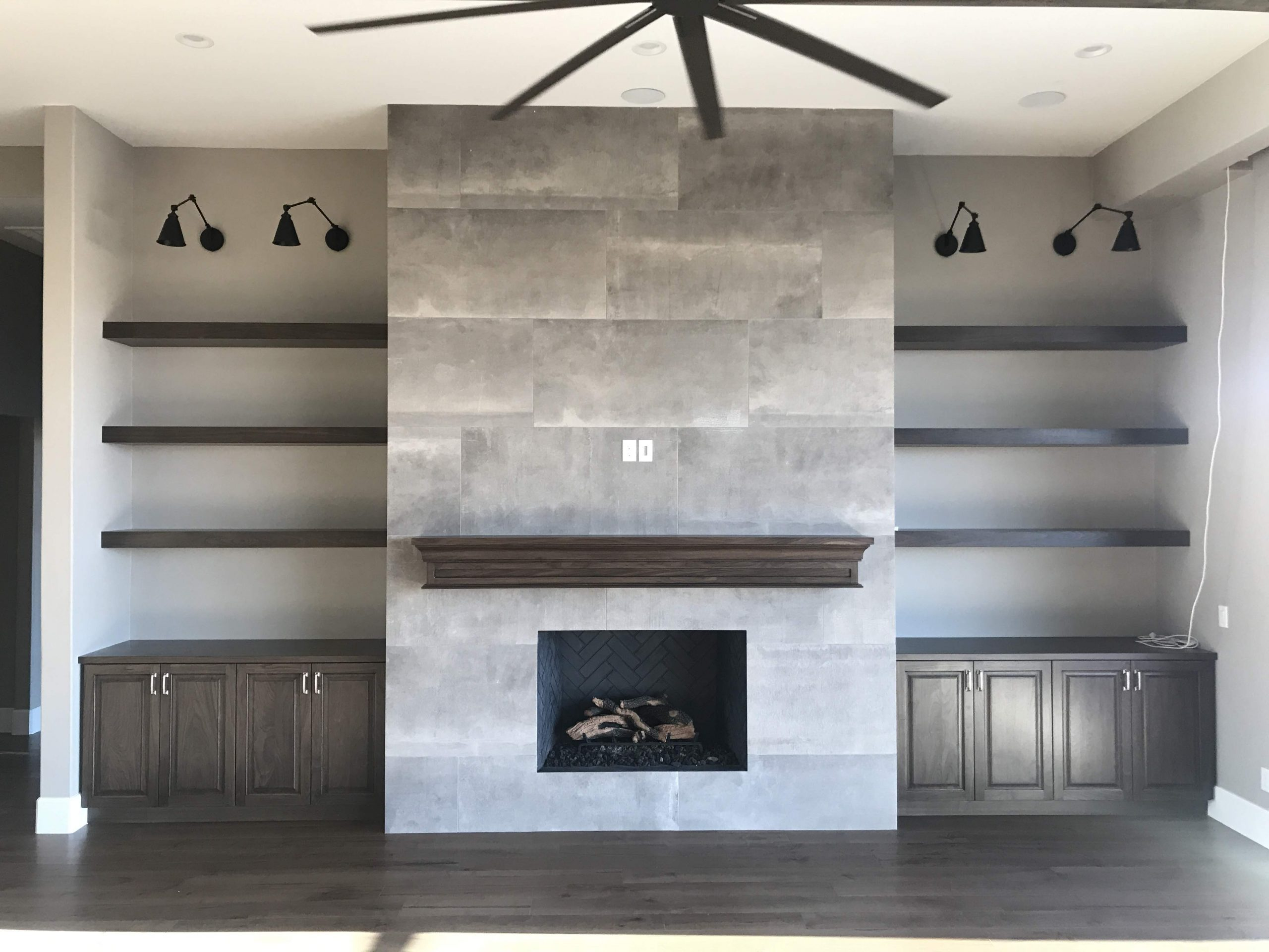 Indoor fireplace with Wood mantel